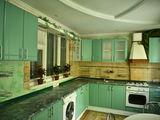 Pret atractiv !!! Se vinde apartament cu 4 odai, 95 m2, str.Costiujeni 15/1 linga ambasada Poloniei