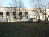 Se vinde incapere 400 m2 + teren in jur, centru ,or.Rezina.Pret negociabil.