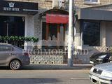 Продажа коммерческй недвижимости 85м2 в Центре на пересеч. с ул.Штефан чел маре. Первая линия!