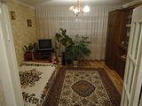 Se vinde apartament, or.Cahul,sector Auto Gara, 2 camere,seria 143, et 2/9