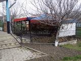 Vand imobil magazin/bar care poate fi reamenanjat ca casa de locuit/casa de vacanta