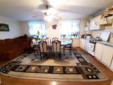 Apartament spațios cu 3 camere + bucătărie cu living! Sectorul Telecentru!