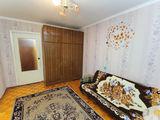 Camera in chirie din apartament cu 3 odai-  1000 lei