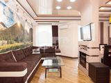 Apartament cu 3 camere, reparație euro, str. Valea Trandafirilor, 550 € !