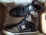 Сникеры DC Shoes новые натуральная кожа на меху оригинал из Америки.