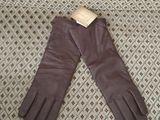 Новые кожаные перчатки бордово-коричневого темного цвета фирмы Elegant!