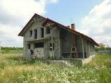 Casa nefinisata, zona noua, toate comunicatiile, teren - 12 ari !!!