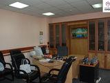 Centru, Spatii pentru Oficii - 300 m2, 3 nivele, cu mobila