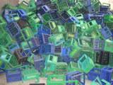 Cumparam lazi din plastic uzate, stricate.