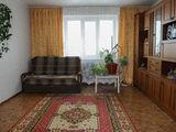 Localit. Dobrogea, centru, 3 camere, cu mobila