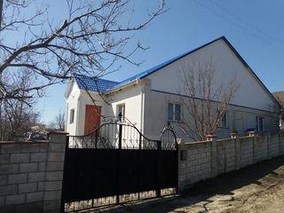 Se vinde casă în Sărata Galbenă