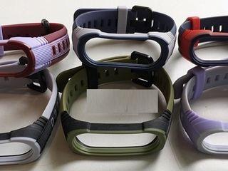 Зарядки, Ремешки на Mi Band, 20мм(Amazfit Bip,GTS), 22мм(Gear S3,Galaxy Watch). Кнопки металл.