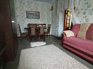 Urgent!!! Se vinde casă pe pământ în centrul or. Florești