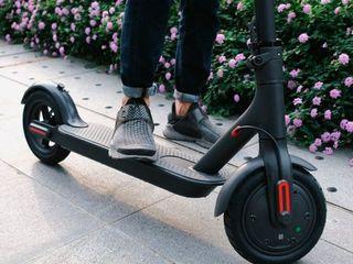 Продам электросамокат Xiaomi M365 electric scooter black, новый