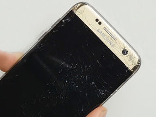 Samsung Galaxy S 7 Edge (G935) Ecranul stricat? Vino, rezolvăm îndată!