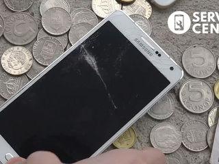 Samsung Galaxy A7 2015 (SM-A700HZWDSEK) Треснуло стекло заменим его!