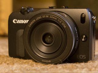Canon EOS M + lentila 22mm + speedlite 90ex