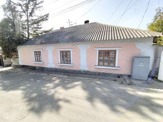 Urgent Orhei, regiunea centru str. negruzzi casa 89 m.p.