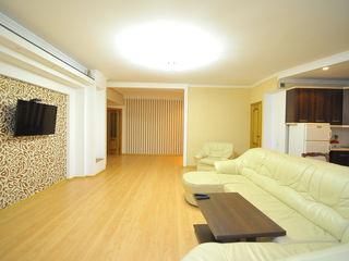 Продаю просторную квартиру в Центре, ул.Негруци