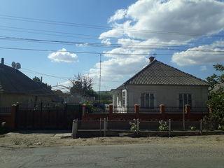 Большой и крепкий дом