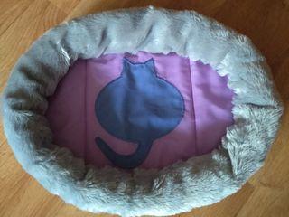 Лежак/лежанка для кошки