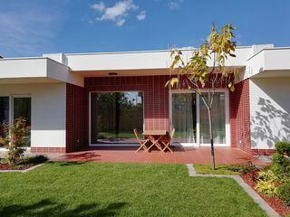 Casă modernă. 175 m2. Construită calitativ, eficientă energetic. Zonă verde, asfalt. Dumbrava.