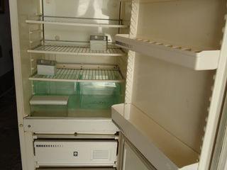 Продам холодильники - возможна доставка.1250 lei