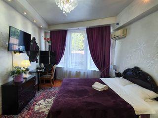 Se da Apartament in chirie in Centru Str Bucuresti,квартира почасого-120Lei  посуточно-470лей ,