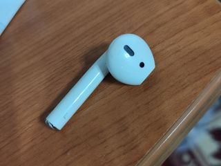 Casti airpod appel original am doar ista