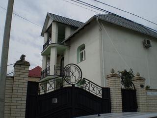 Casa in zona rezidentiala