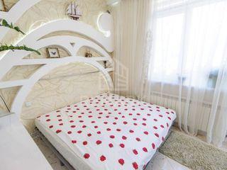 Vânzare, Apartament cu 2 odăi, Centru, 49300 €