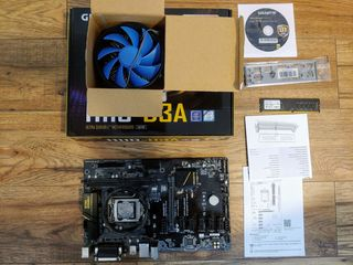 Gigabyte GA-H110-D3A + RAM 4GB PC4 2400  + CPU Intel Celeron G3930 2.90GHZ + Cooler