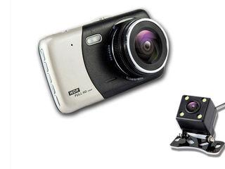 Видеорегистратор  Full HD с камерой заднего вида