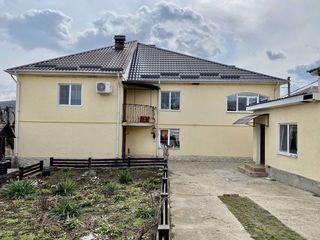 Casa in 2 nivele in s.Cojusna