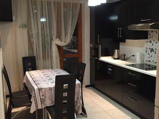 Срочно!Продаю 2-х комнатную квартиру 72м2,качественный ремонт ,2 балкона ,автономка!