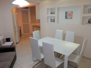 Apartament cu 1 camera, mobila italiana, etaj 3, bloc nou