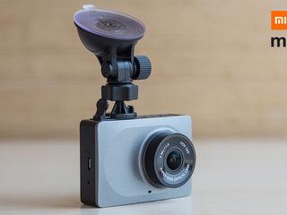 Xiaomi yi inregistrator video car dvr - acum conducerea automobilului va deveni mult mai sigură!