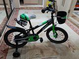 Bicicleta noua pentru copii