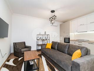 Chirie casă , 2 camere, reparat și mobilat, Centru 650 €