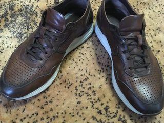 Adidasi si pantofi cu marimea 42-43