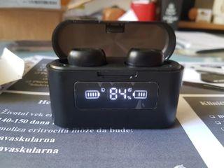 Беспроводные TWS наушники с микрофоном, 4-5 часа без подзарядки - 500 л.
