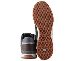 Caterpillar (Lapaz) новые кроссовки оригинал из Америки .