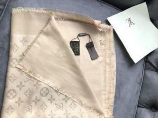 Esarfe Dame Louis Vuitton.Женские шарфы LV