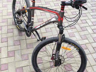 Bicicleta cube urgent! cu garantie folosita numai de 3 ori model 2016