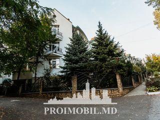 Centru! casă 3 nivele, 5 dormitoare, mobilate, euroreparație, saună + terasă! 315 mp!