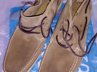 Кожаная мужская обувь.