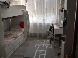 Отличная 2х комнатная квартира