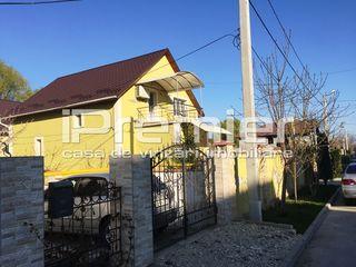Casă superba, cu suprafața totală de 225 mp, in oraselul Durlesti!