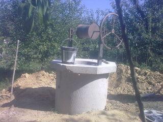 Копаем колодцы, углубляем и чистим. Копаем канализации,септики.