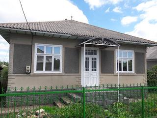 Продается добротный хороший дом из красного кирпича